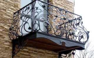 Балконные ограждения: разновидности, установка