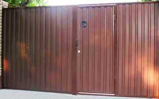 Распашные металлические ворота для дачи с калиткой из профнастила: чертежи и установка своими руками