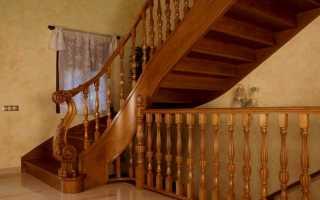Перила деревянные для лестниц: как установить и выбрать