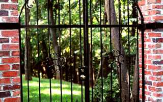 Садовые ворота: как их сделать своими руками