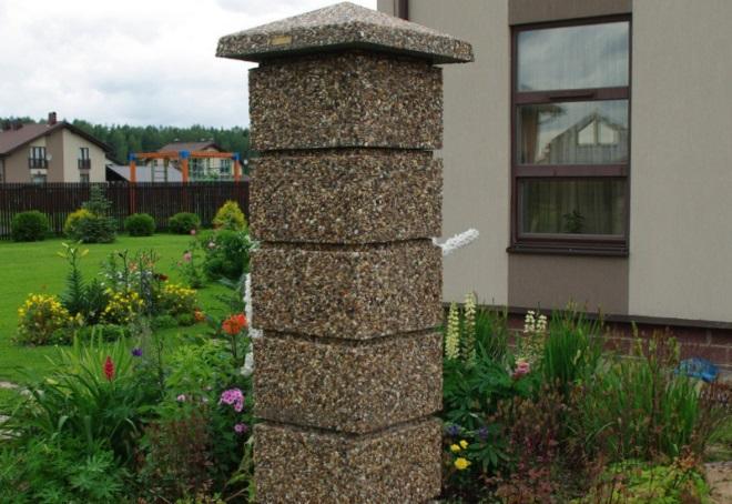 столб для забора из блоков