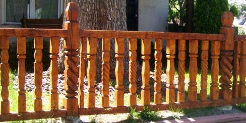 ограда из бруса