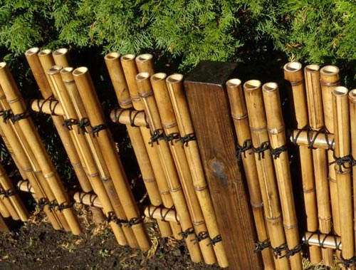 декоративная бамбуковая оградка