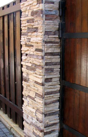столбы из декоративного камня