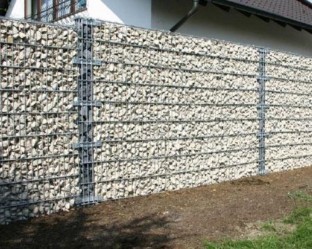 забор из щебня