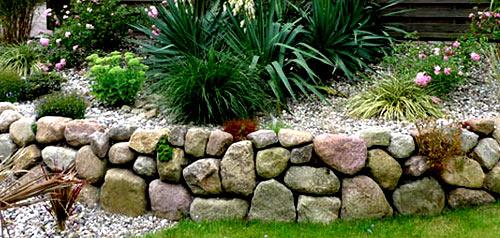 каменный заборчик