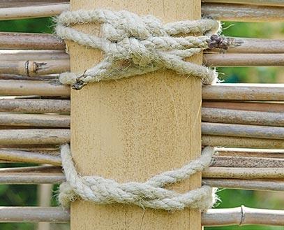 монтаж бамбука канатами