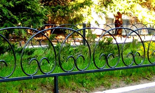 металлическая оградка