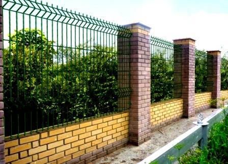 прозрачный забор из сетки