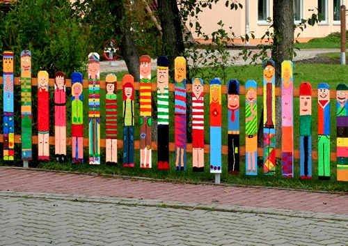 забор штакетник для детской площадки