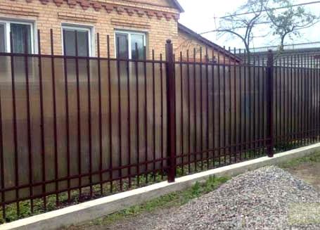 комбинированный забор из арматуры